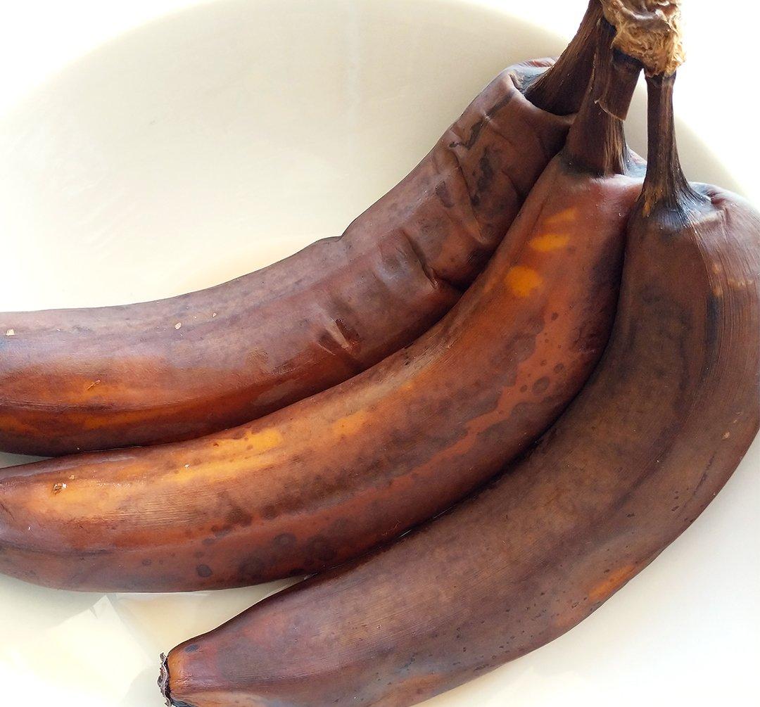 frozen bananas thawed for banana bread